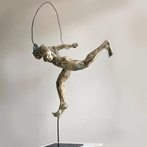 scultura iavazzo scultore figure con le corde rope figures