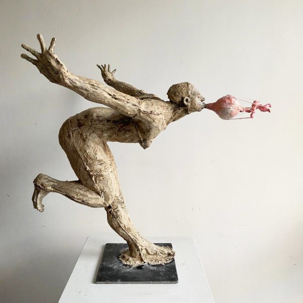 bubble-woman-Vittorio-iavazzo-sculpture-artist-bubble